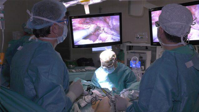 Foto Cirugía Mínimamente Invasiva – Excelencia Médica TV